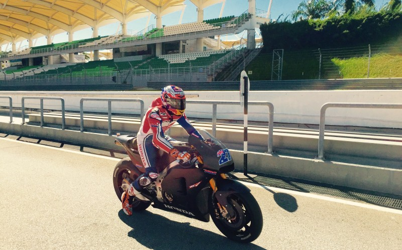 Stoner returns to Sepang in HRC test